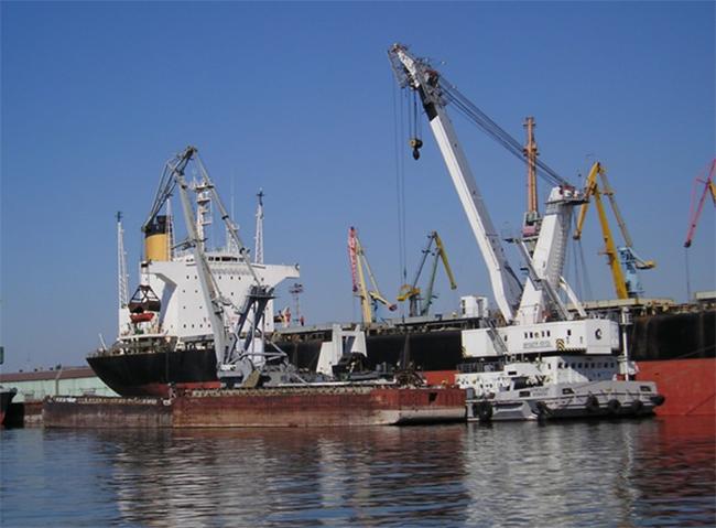 Грузооборот порта Хамина-Котка слегка подрос в2015 году